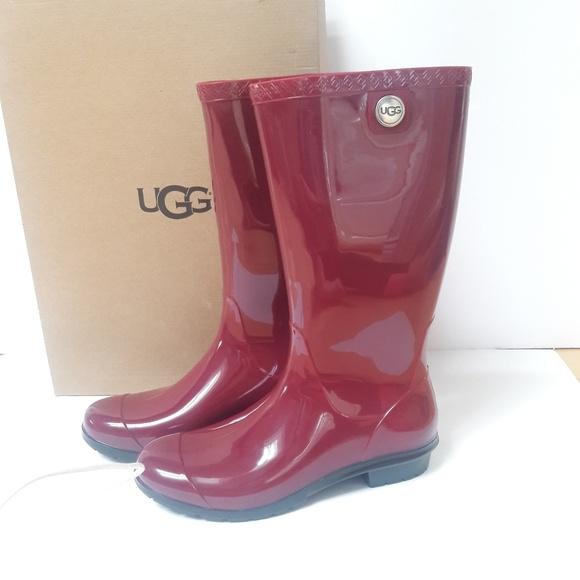 46507c3b2ba UGG Rain Boots Size 10